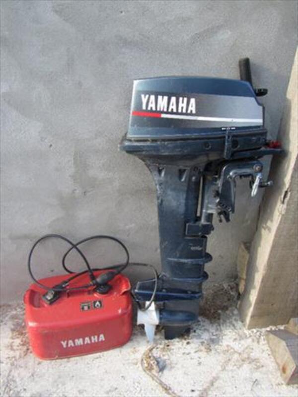 Moteur thermique 9.9 D yamaha 900 euros 56072657