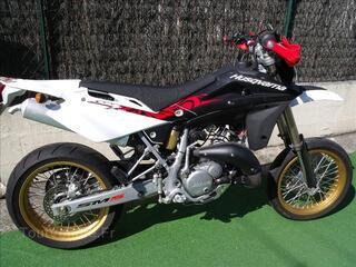 MOTO 125 SUPER MOTARD HUSQVARNA SMS