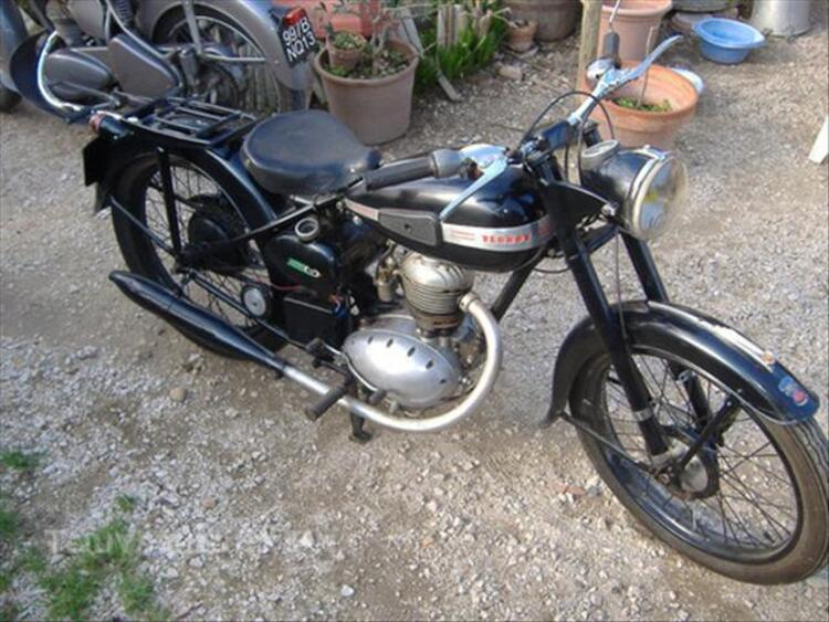Moto ancienne 44283109