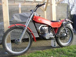 Moto de trial montesa cota 247 de 1977