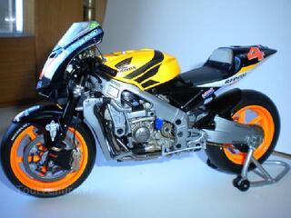 Moto minichamps 1/12 - honda rc211v - alex barros  2004