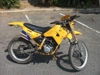 Moto peugeot xp6