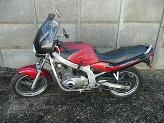 Moto SUZUKI 500 GSE