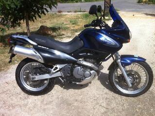 Moto suzuki freewind 650 xf