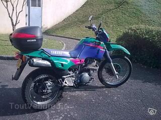 Moto YAMAHA 600 XTE