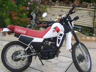 Moto Yamaha DTLC