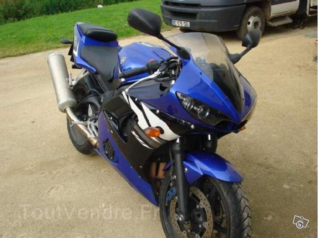 Moto Yamaha YZF 600 R6 93215287
