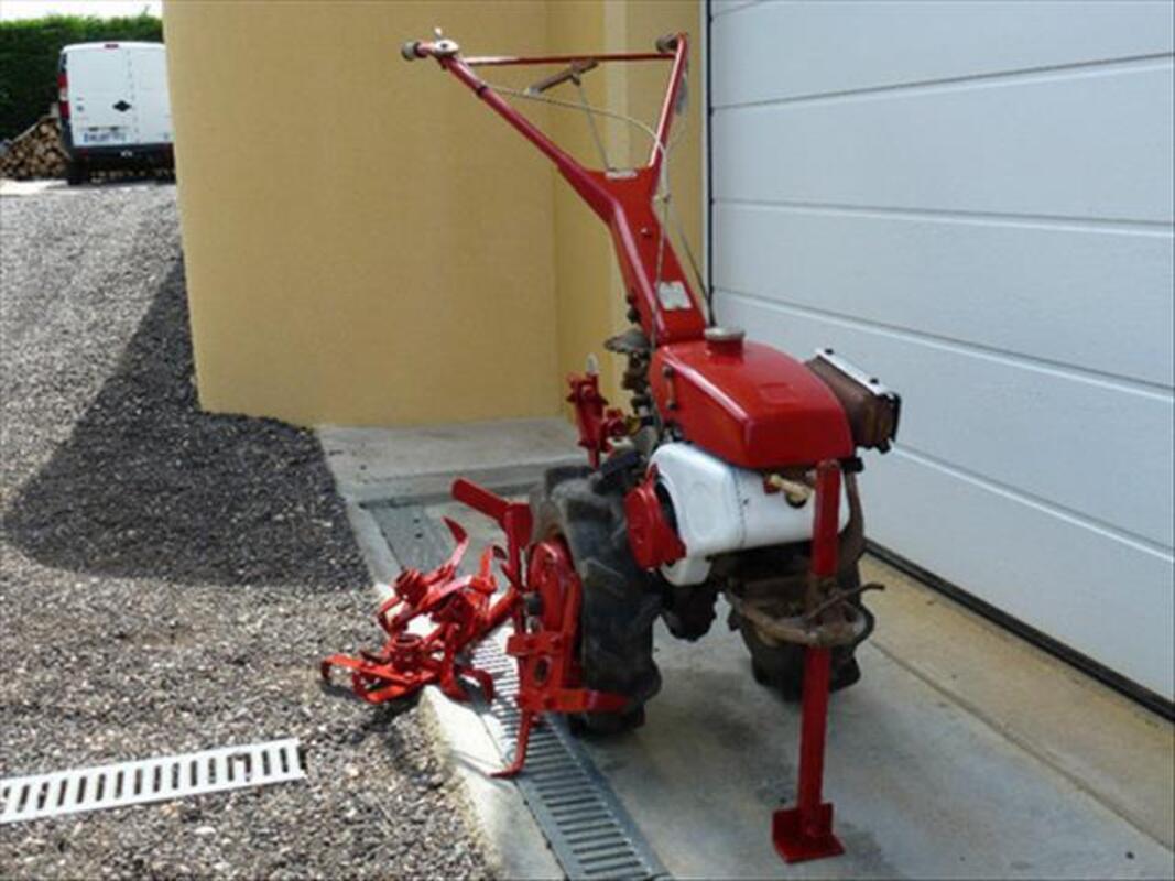 Motoculteur iseki 88102715