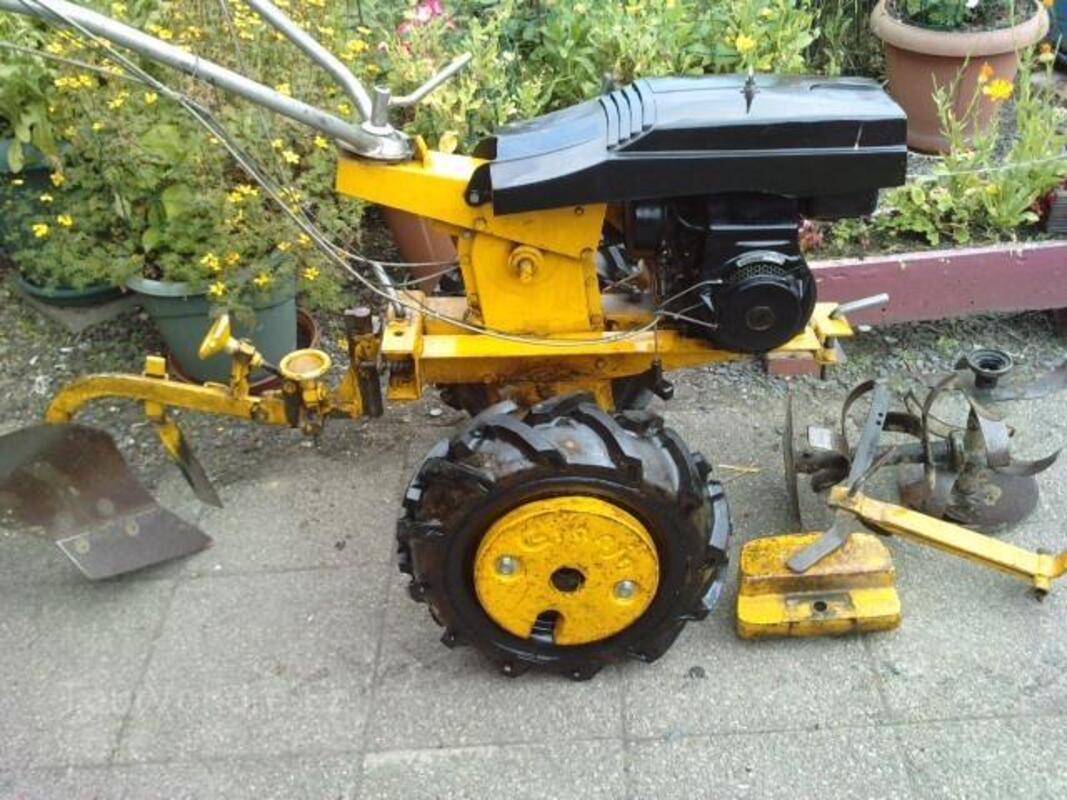Motoculteur moteur BERNARD 93813207