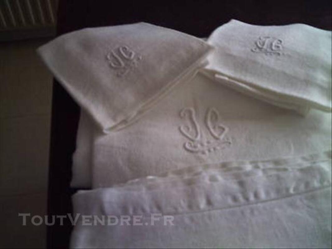 Nappe de table + serviettes 76141174