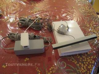 Nintendo Wii, 3 manettes, 2 volants, jeux...