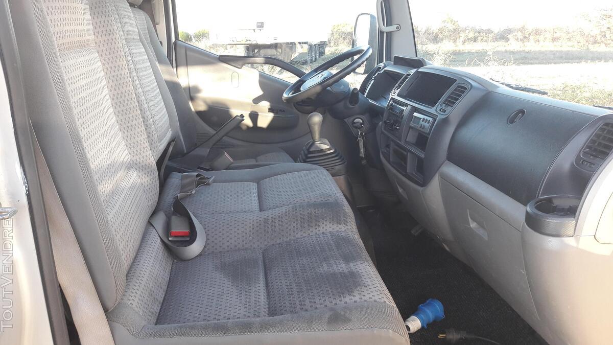 Nissan Cabstar frigorifique 158794532