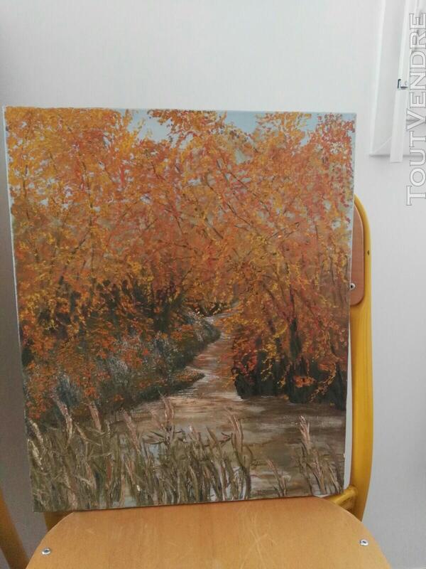 Nombreux tableaux, cadres et miroirs 561938838
