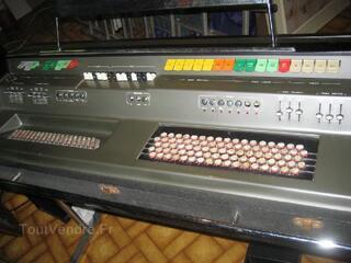 Orgue à boutons Elka concorde 502