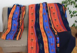 Paire de rideaux dans les tons bleu et orange