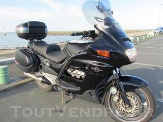 Pan European ST 1100 Noire