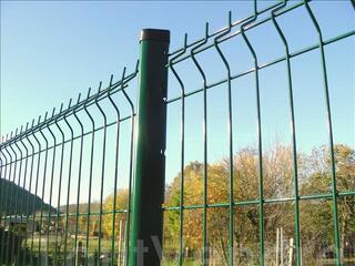 Panneaux soudés pour clôture résidentielle