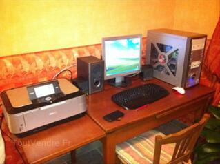 PC avec écran et imprimante multifonctions