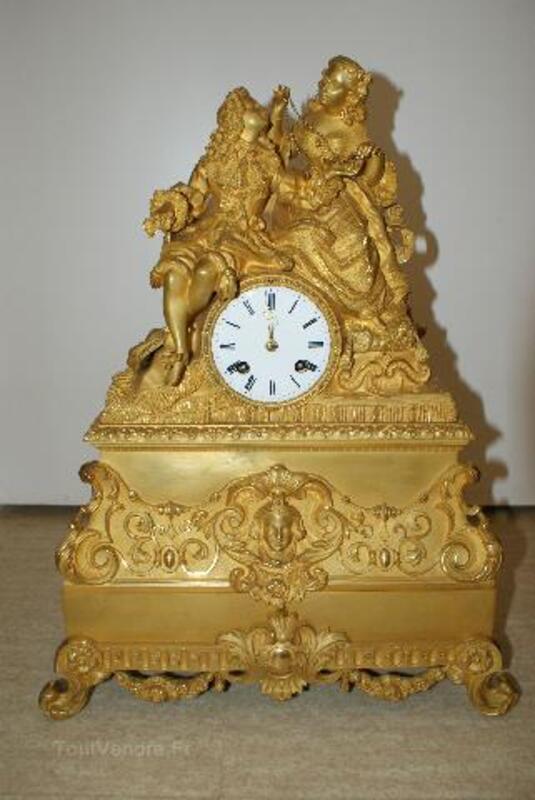 Pendule bronze doré 97240009