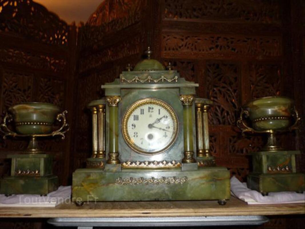 Pendule et candelabres ancien 54593997
