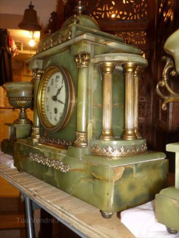 Pendule et candelabres ancien 54593998