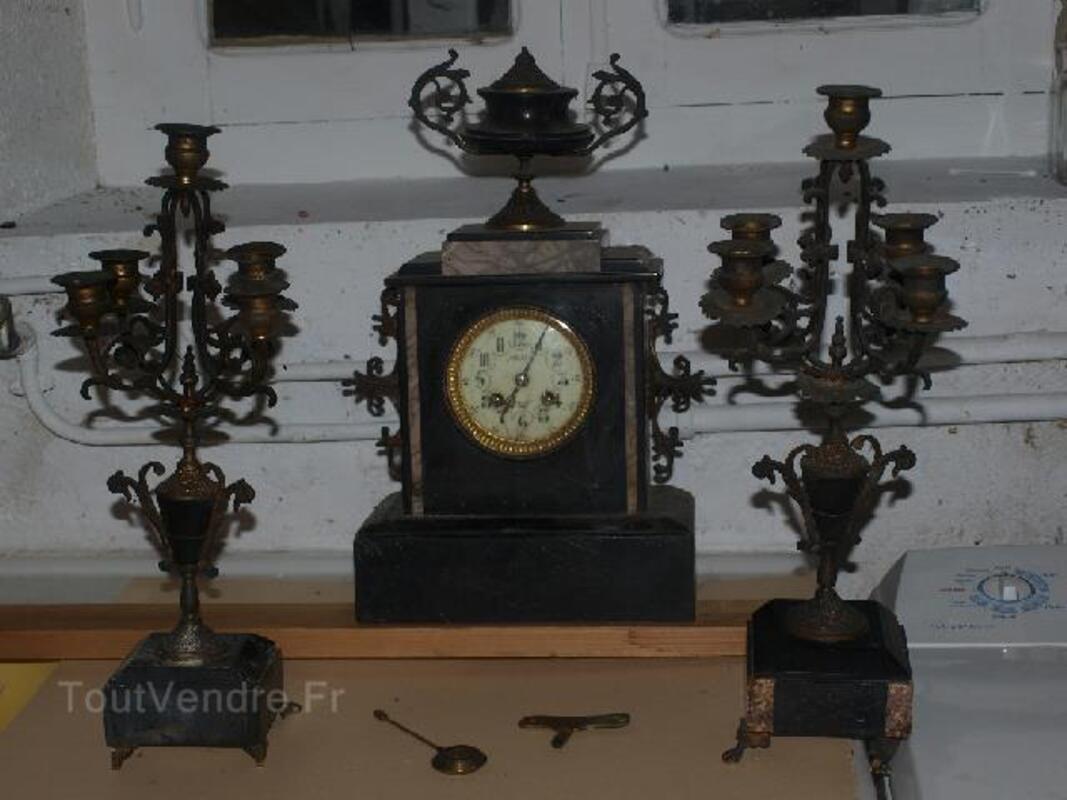 Pendule Napoléon III + 2 candélabres 97240047