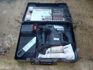 Perforateur à batterie