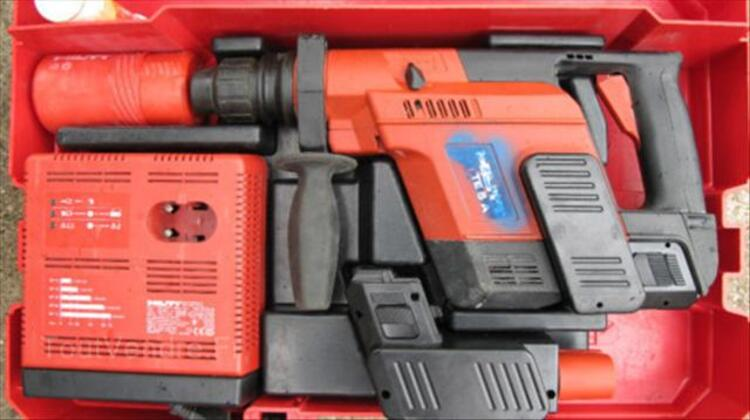 Perforateur HILTI 24 volts TE5A en TBE 46698859