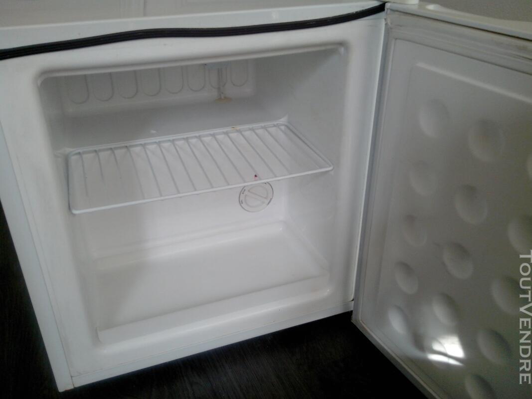 Petit congelateur FAR 138189598