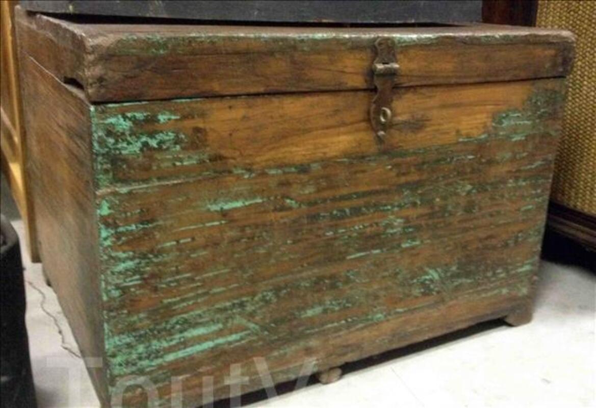 Petite malle ou coffre en bois - H: 40 cm 95590395