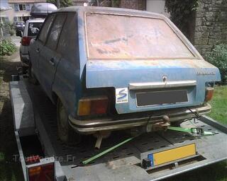 Peugeot 104 à enlever