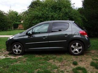 Peugeot 207 (2) 1.6 hdi 110 fap feline 5p