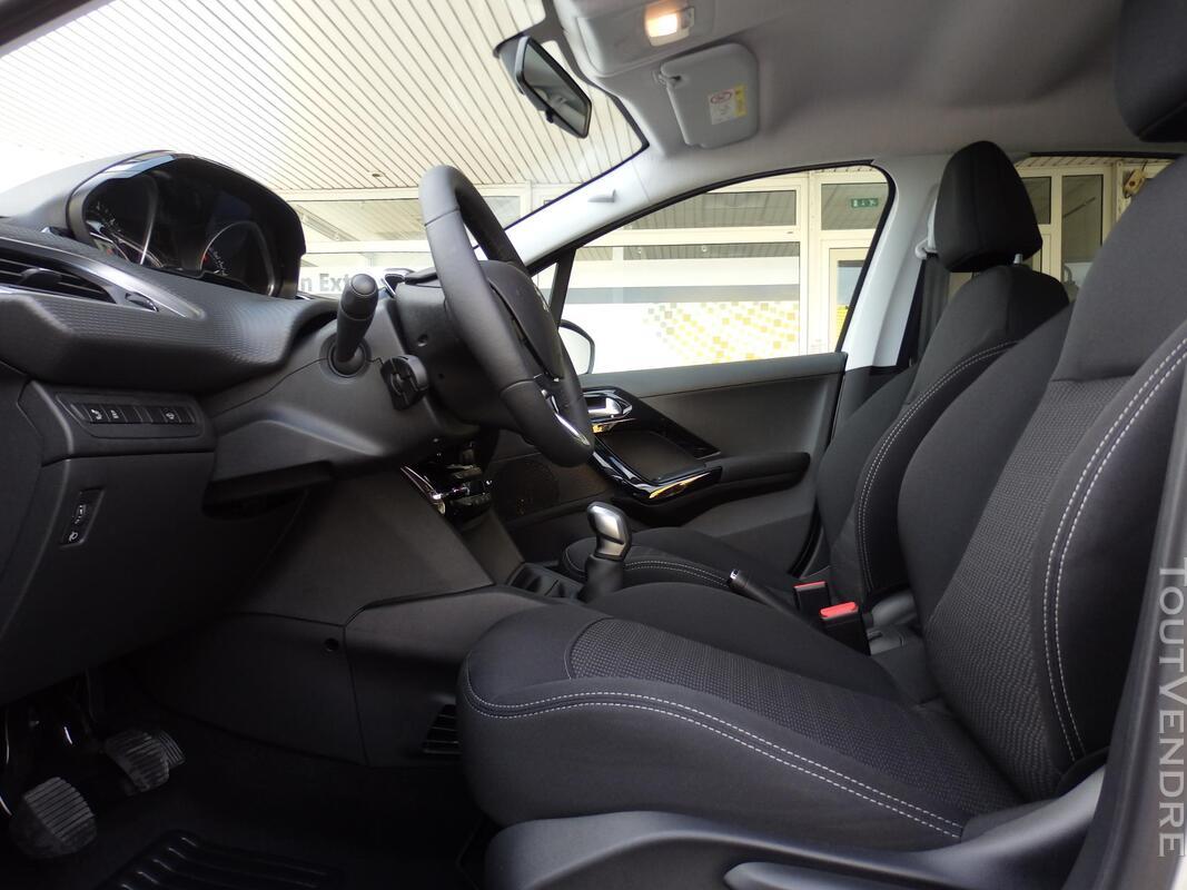 PEUGEOT 208 1.2 PureTech(82ch)BM5 Style,Gps,clim Auto -25% 329977843