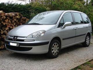 Peugeot 807 2.0 110 HDI SR FAP