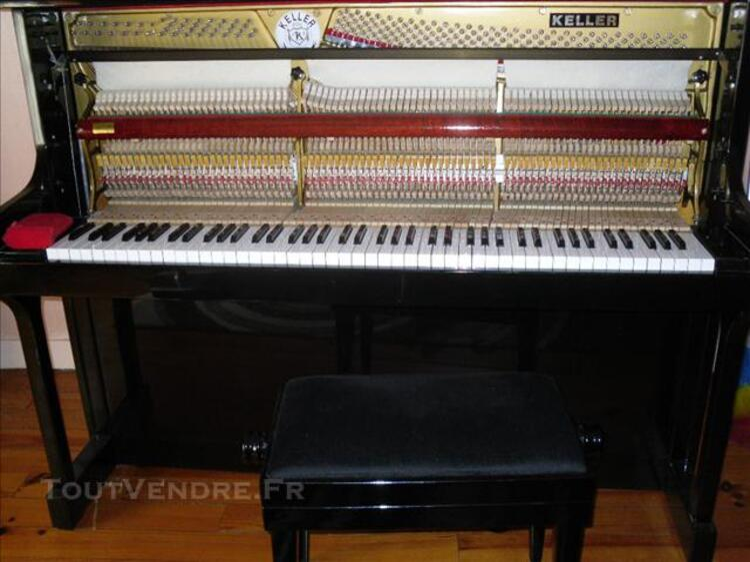 Piano / banquette /partitions / métronome / meuble 75705061