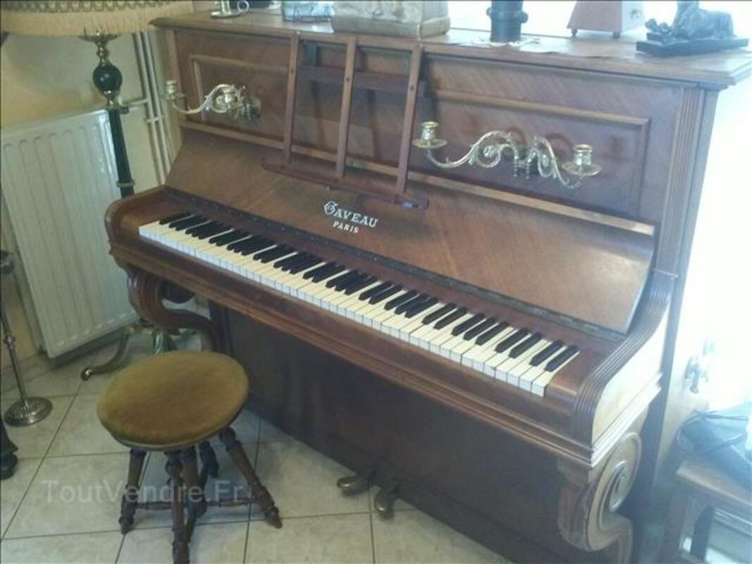 Piano droit GAVEAU 105502269