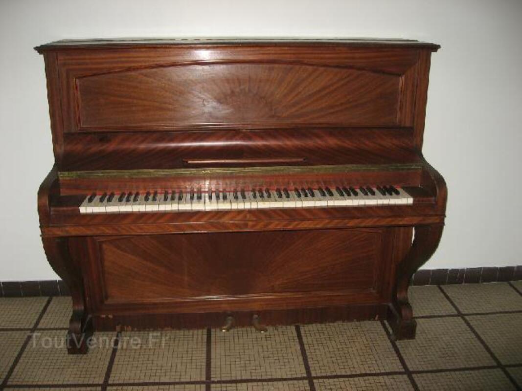 Piano droit Pleyel 92190484