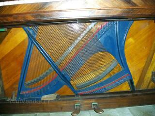 Piano droit pleyel