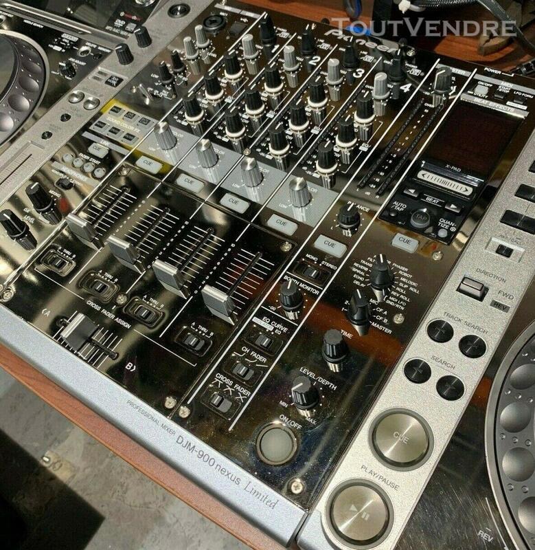 PIONEER DJ Limited Edition - CDJ 2000 NXS (x2) DJM 900 NXS 563502837