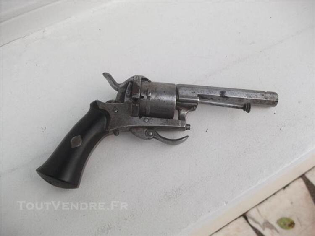 """Pistolet dit """"LEFAUCHEUX"""" 73831461"""