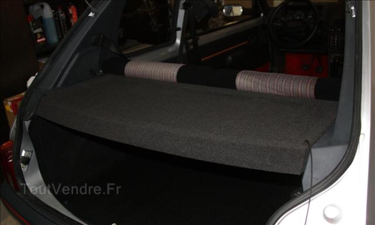 Plage arrière Peugeot 205 GTI / Rallye 105848582