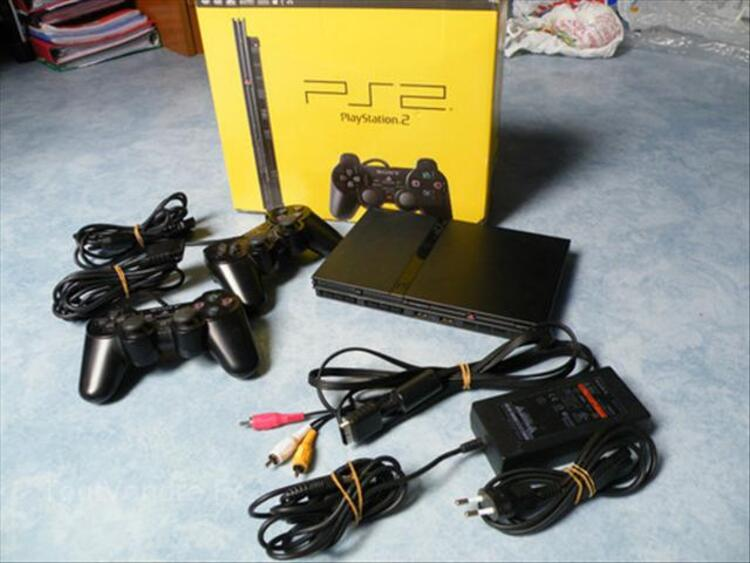 Playstation 2 + volant/pedale + manettes... 56350954
