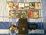 Playstation2 +carte memoire+2 manette+11 jeux