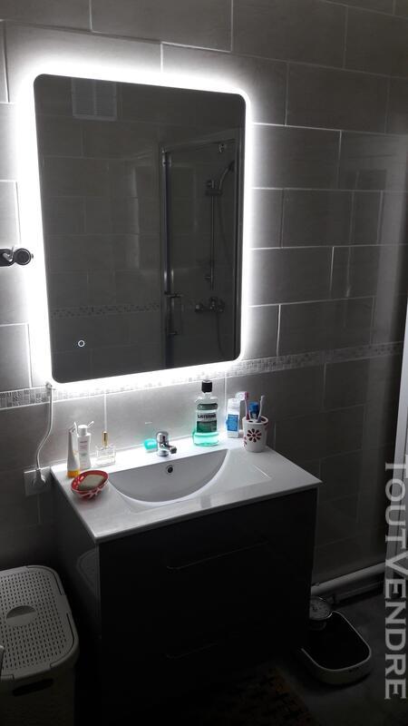Plombier installateur sanitaire dépannage 499165685