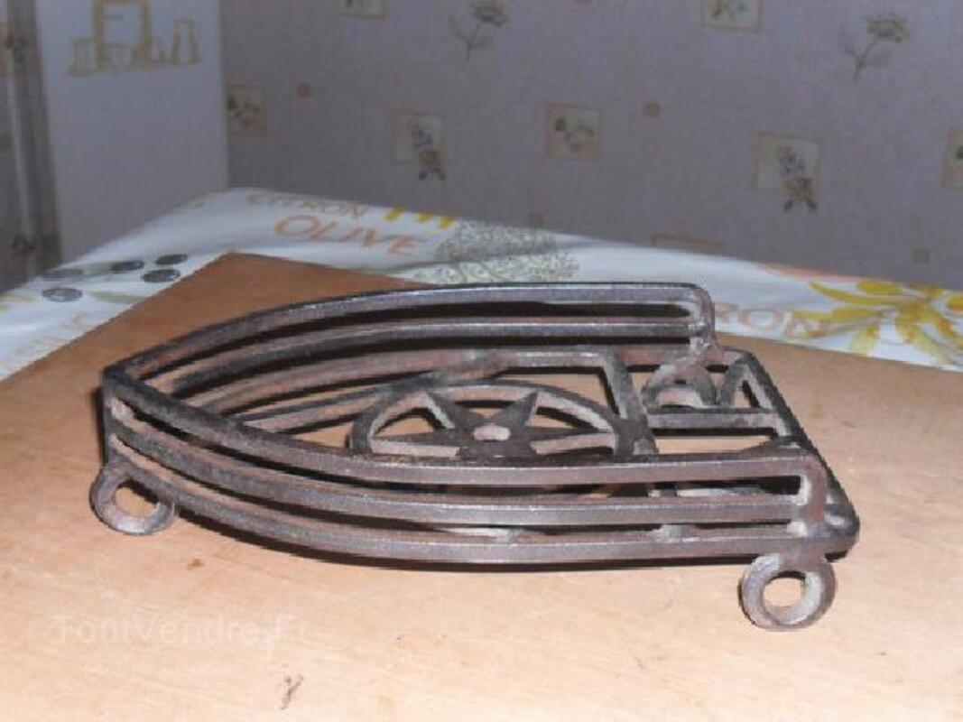 Porte fer a repasser ,outil ancien,art populaire 90027745