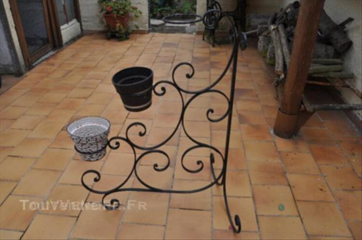 Porte fleur plante fer forge 45562575