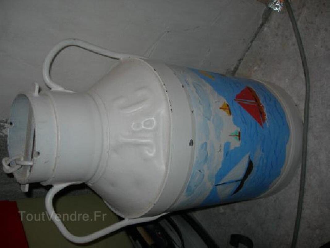 Pot a lait peint 89882297