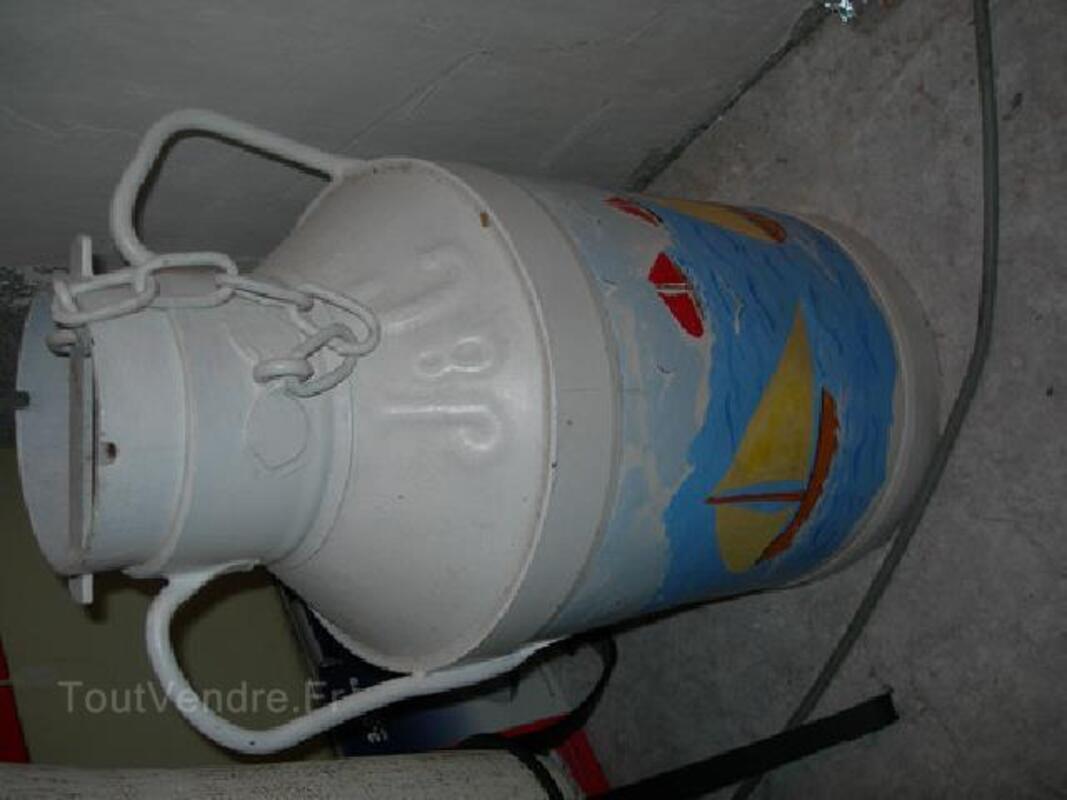 Pot a lait peint 89882298