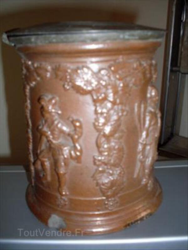 Pot à tabac du BEAUVAISIS 56044760