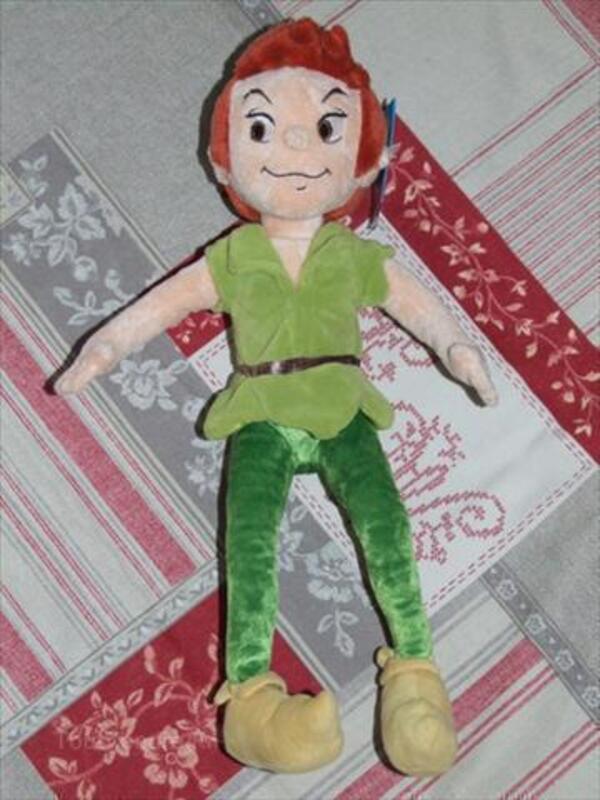 Poupée Peluche - Peter Pan- Disney - 30 cm -disney 88356270